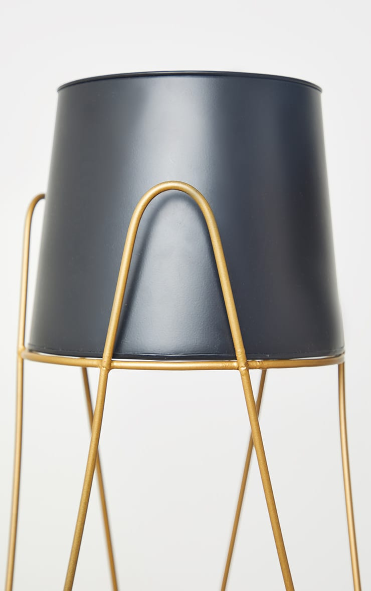 Black Planter With Gold Stand 5