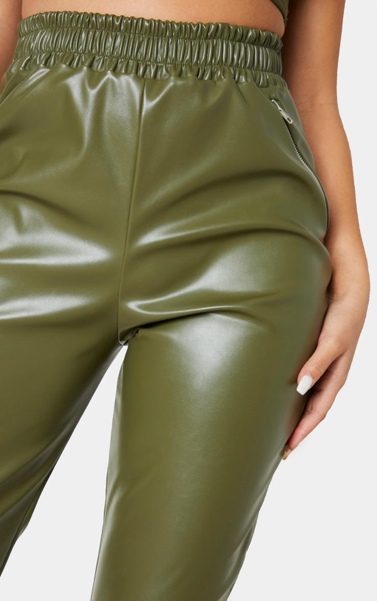 Pantalon fuseau en similicuir kaki à détail zip 5