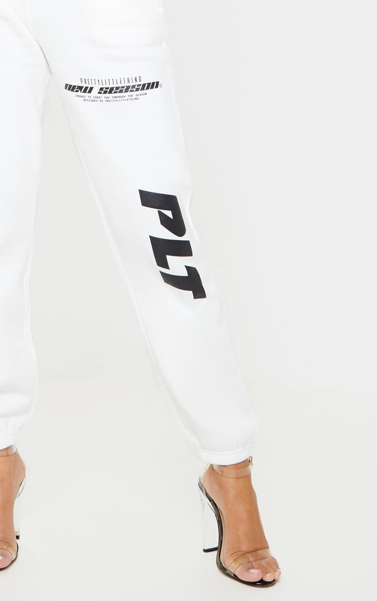 PRETTYLITTLETHING Cream New Season Slogan Joggers 5
