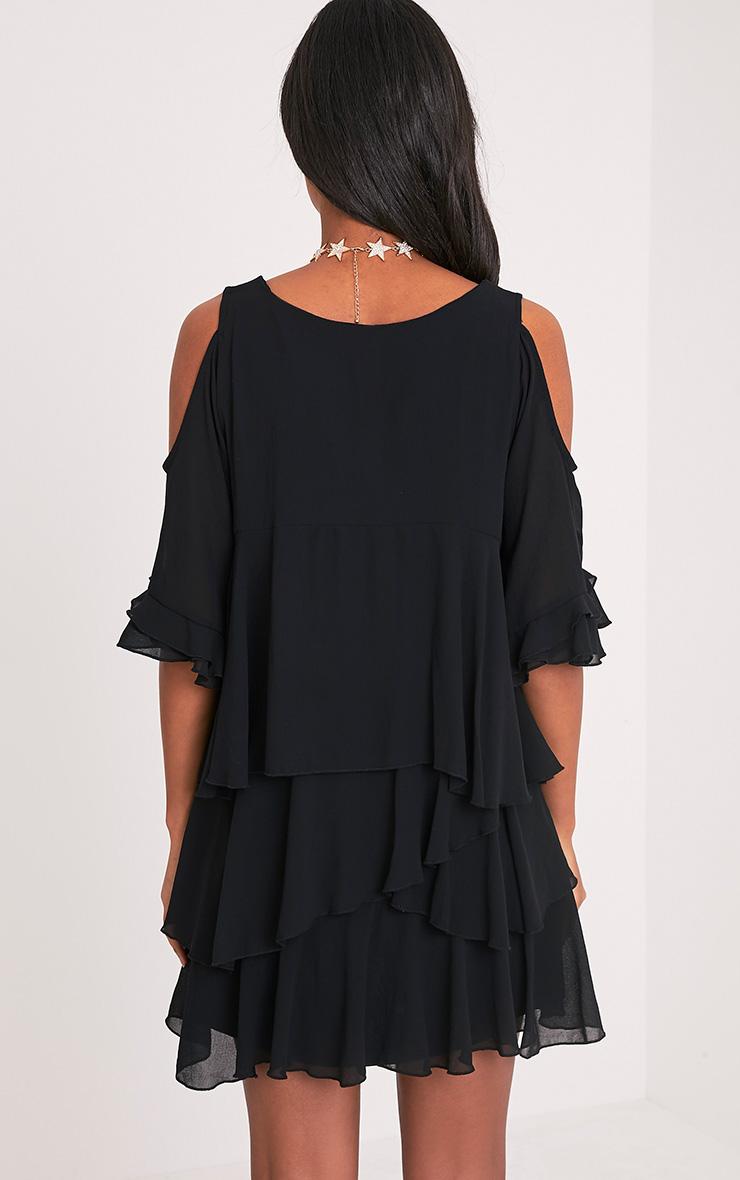 Tessa robe trapèze noire volantée à épaules découvertes 2