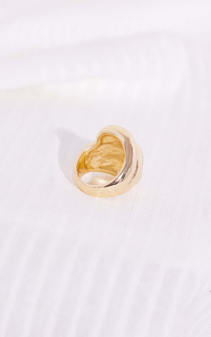 Gold Chunky Curve Ribbed Ring 3