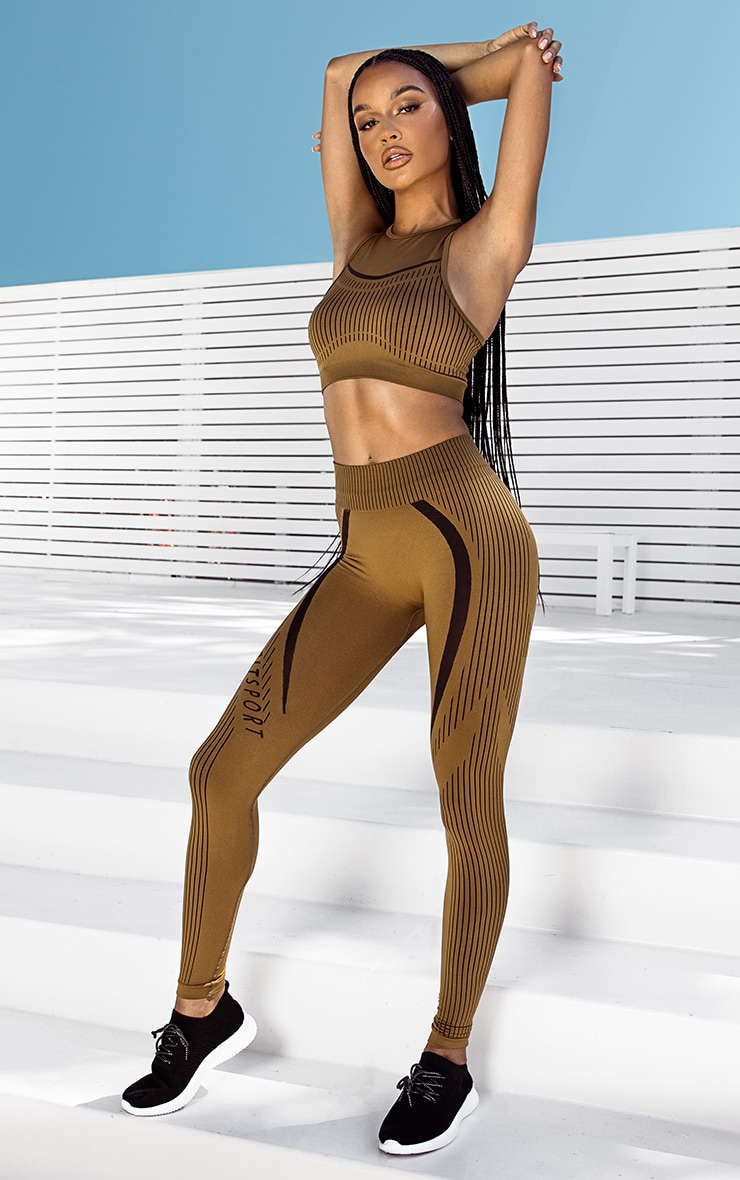 PRETTYLITTLETHING LIGHT BROWN SPORT CONTRAST STRIPE SEAMLESS CROP TOP
