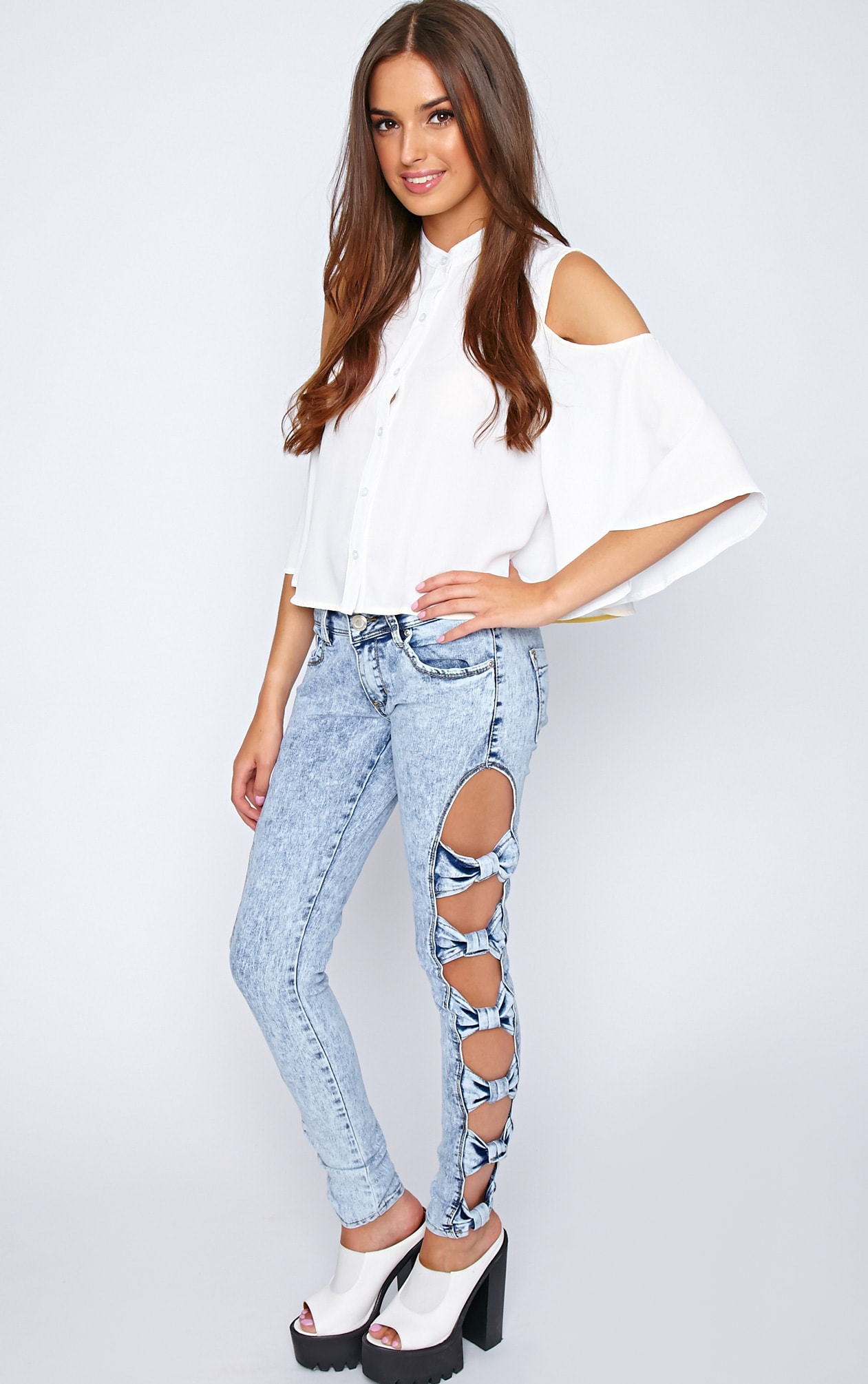 Aoife Light Wash Bow Cut Out Jeans  1