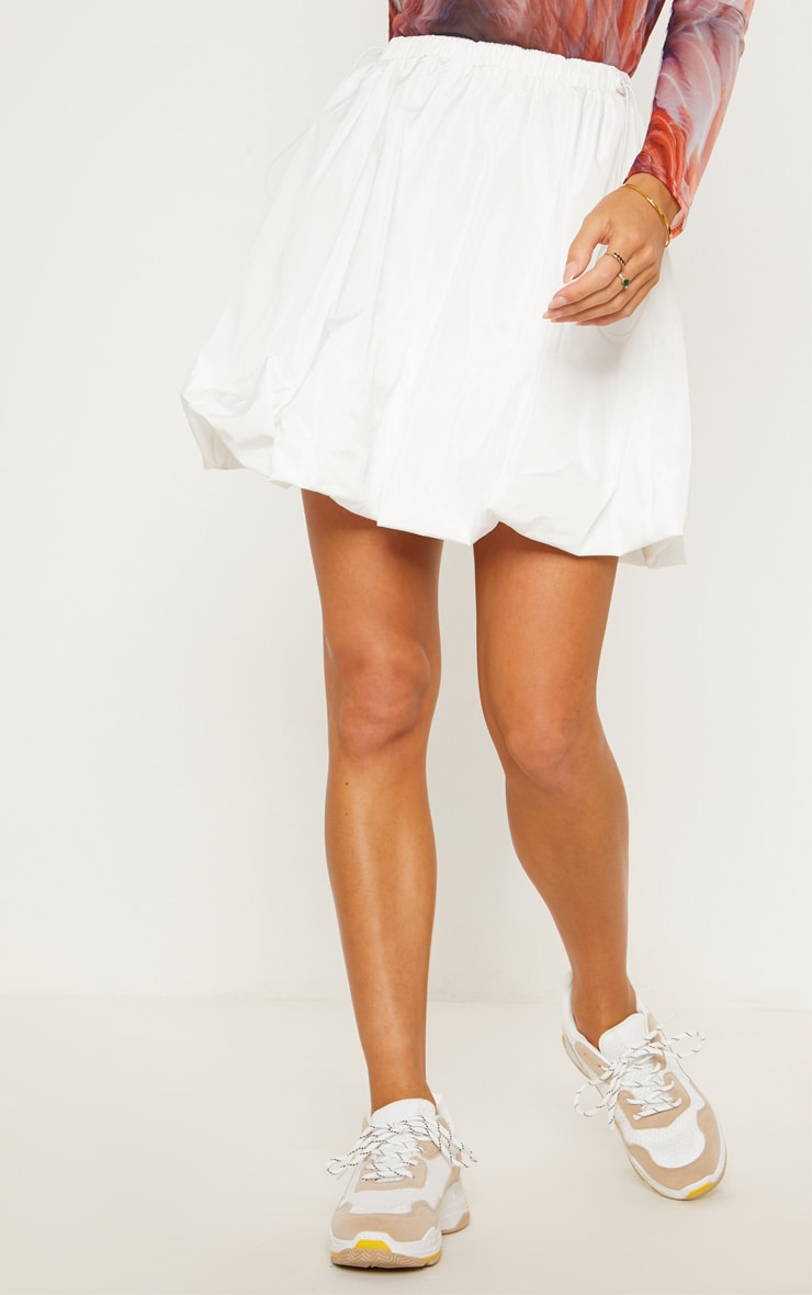 White Shell Toggle Side Detail Mini Skirt 3