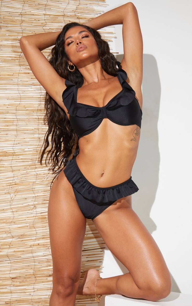 Black Frill Edge Underwired Bikini Top 1