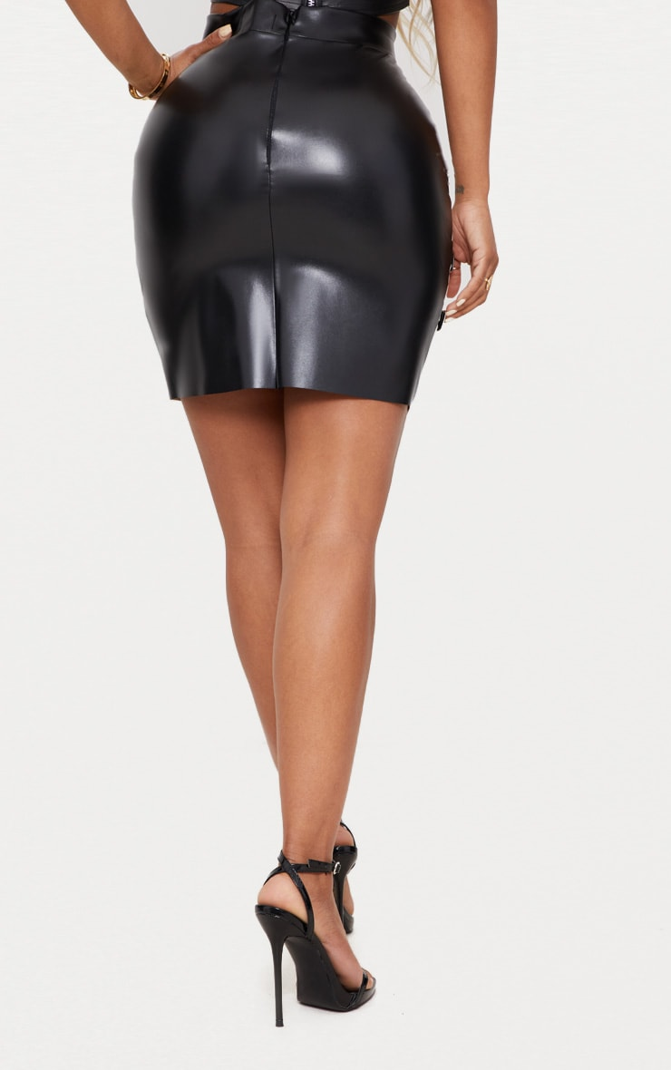 Shape Red PU Panel Buckle Detail Bodycon Skirt 4