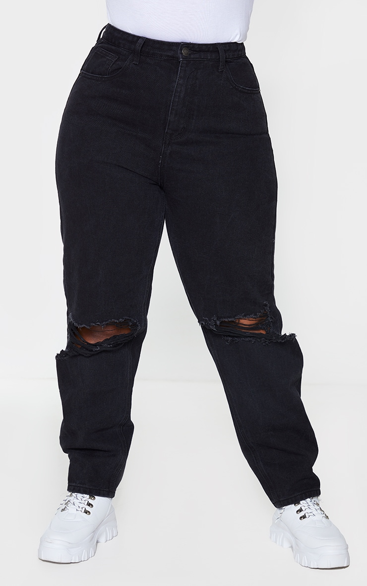 PRETTYLITTLETHING Plus Washed Black Knee Rip Mom Jeans 2
