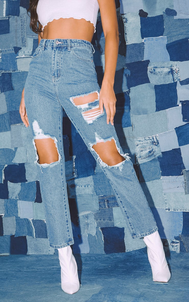 PRETTYLITTLETHING Mid Blue Distressed Straight Leg Jean 2
