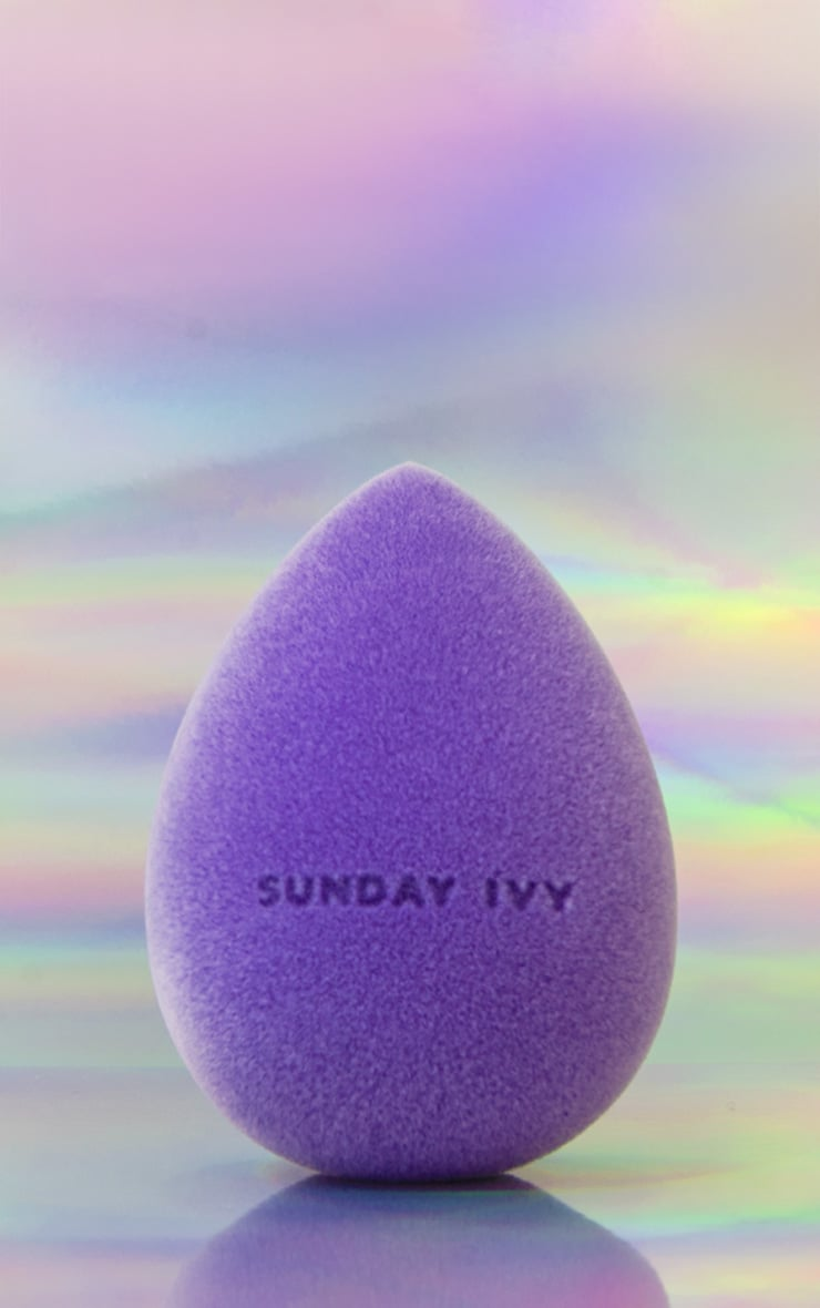 Sunday Ivy Purple Rain Microfibre Velvet Beauty Blender 1
