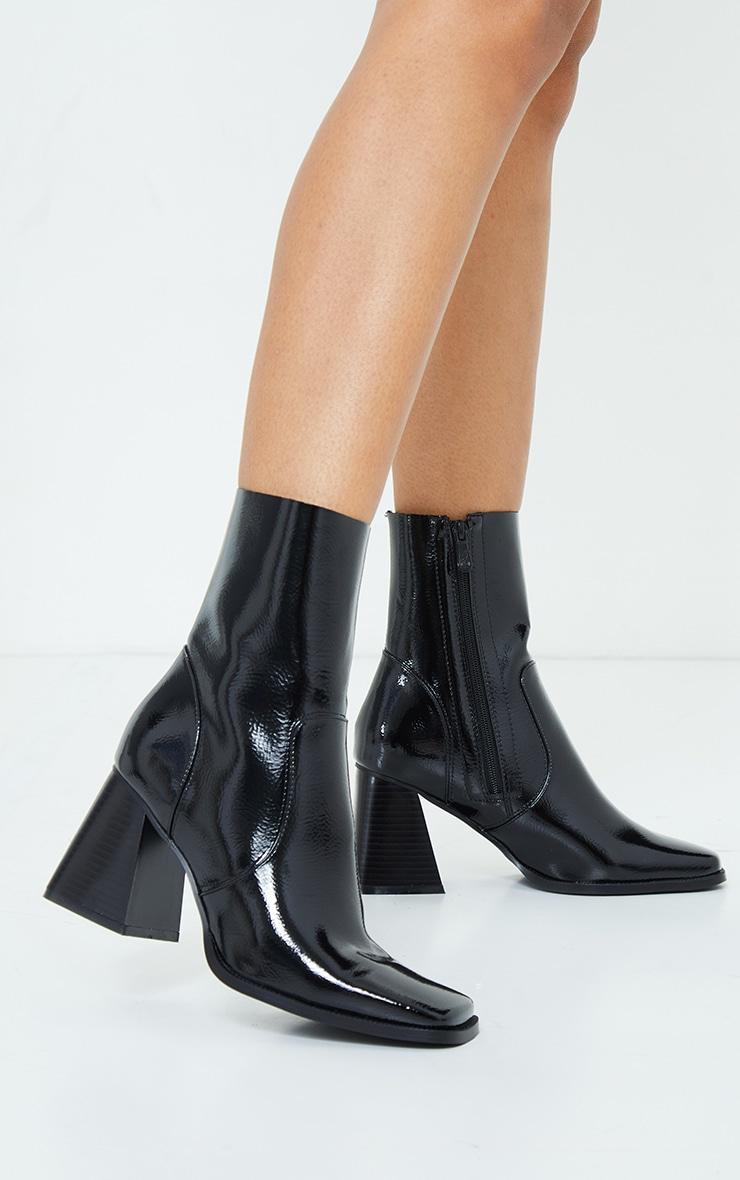 Black PU Flared Block Heel Square Toe Boots 2