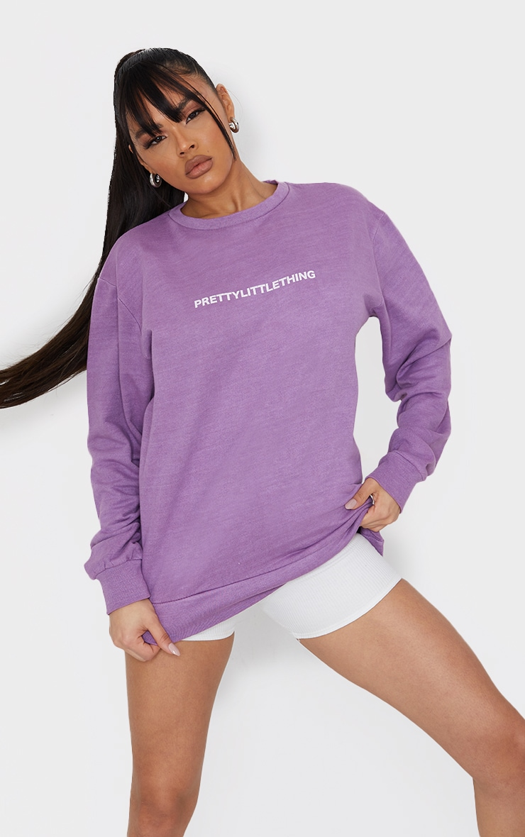 PRETTYLITTLETHING Mauve Slogan Printed Washed Sweatshirt 1