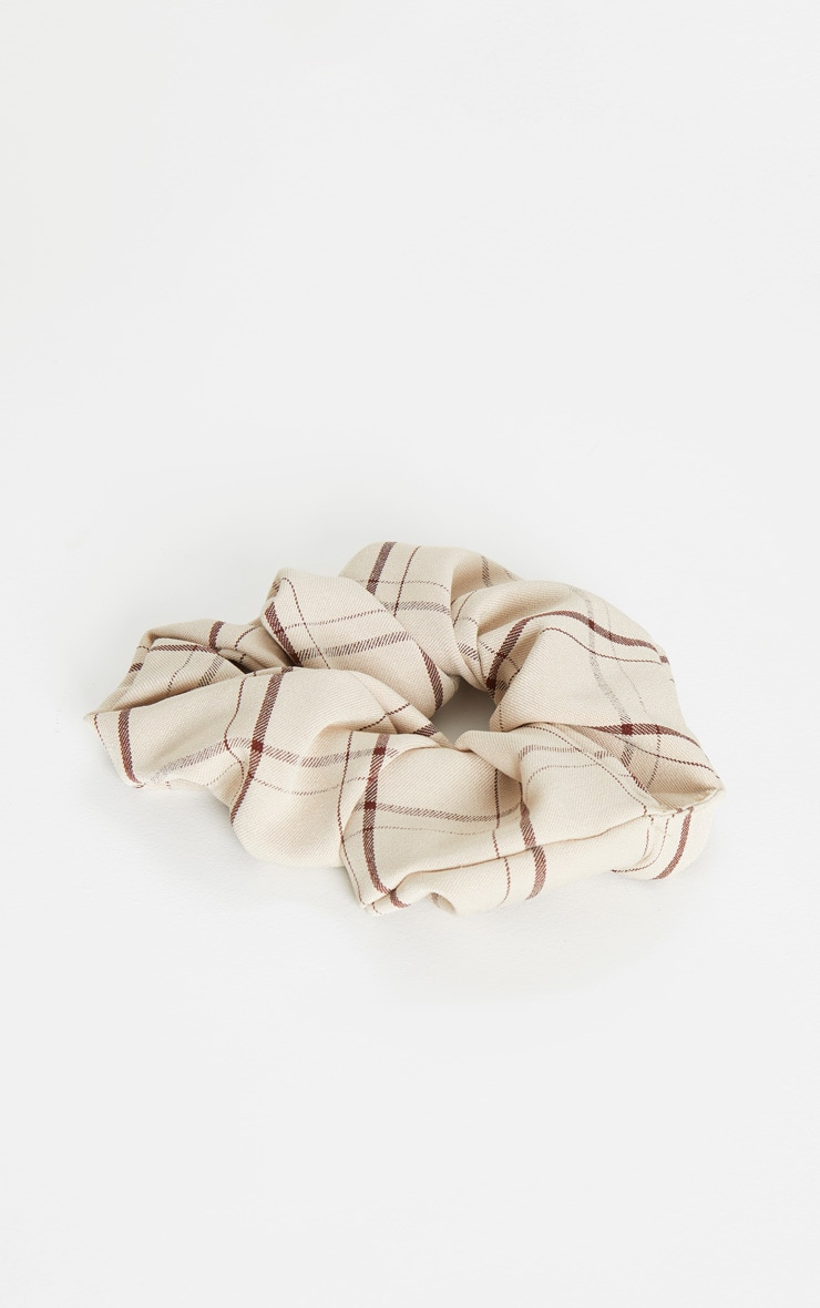 Cream Check Fabric Scrunchie 2