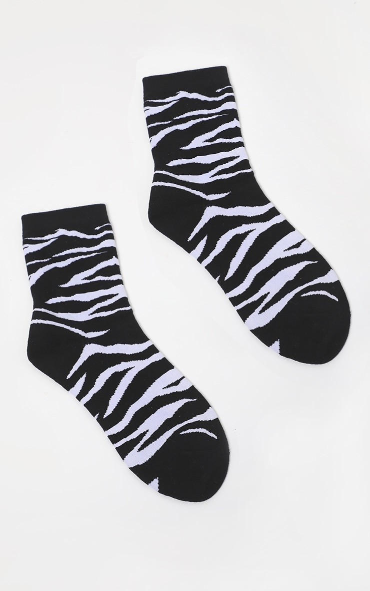 Black Tiger Print Socks 3