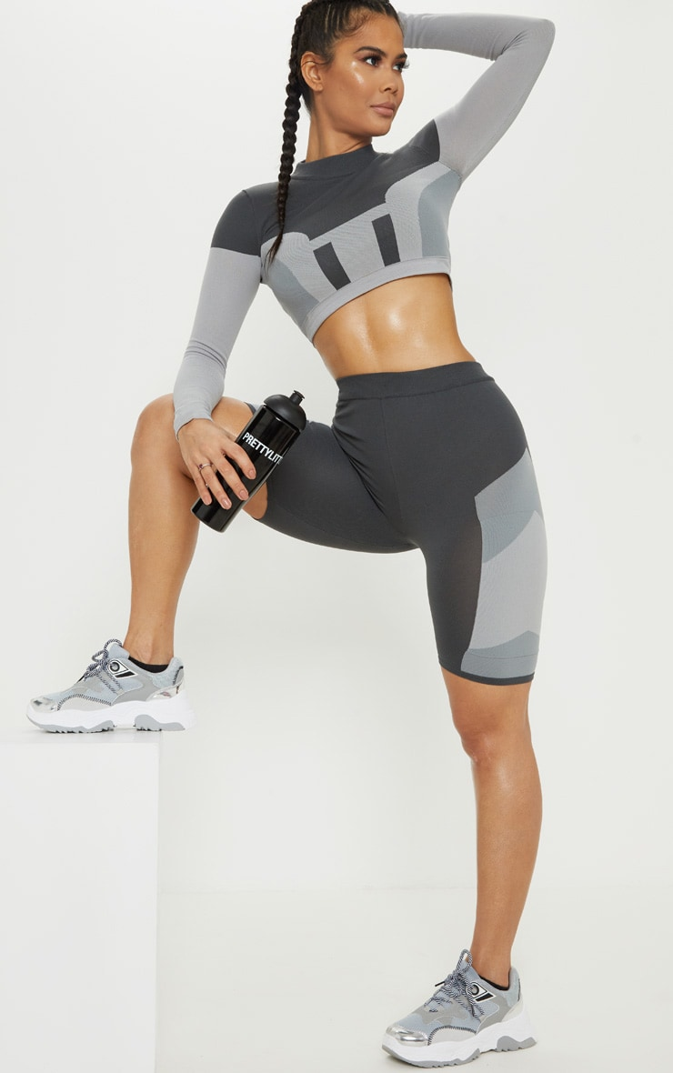 Grey Seamless Knit Panelled Gym Cycle Short 1