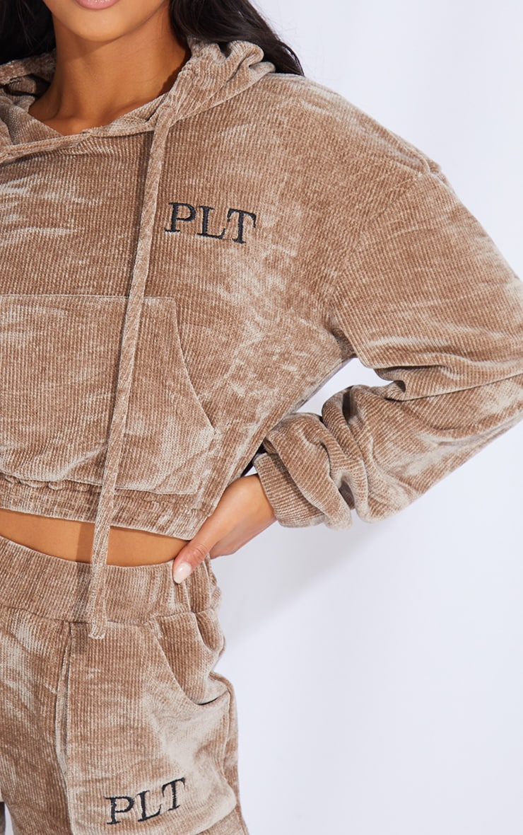 PRETTYLITTLETHING Petite Taupe Cropped Chenille Hoodie 4
