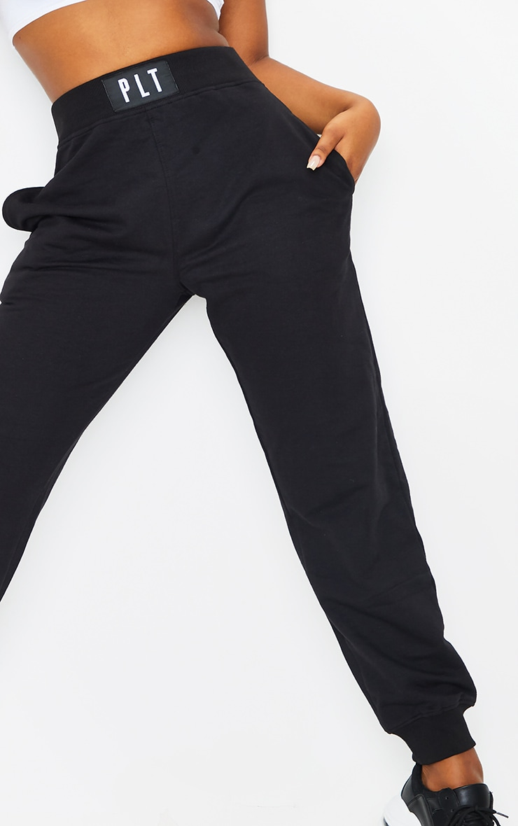 PRETTYLITTLLETHING Black Badge Detail Casual Joggers 4