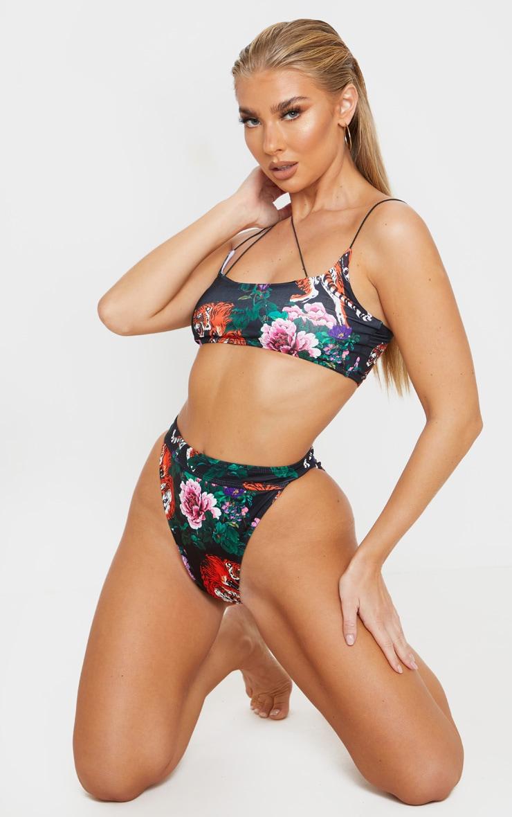 Bas de bikini noir à taille très haute et imprimé tigre style asiatique 5