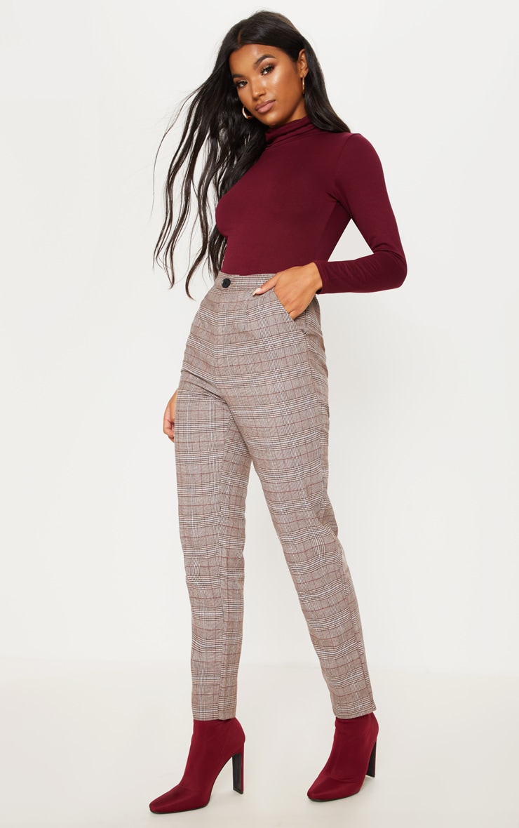 Brown Check Slim Leg Trouser by Prettylittlething