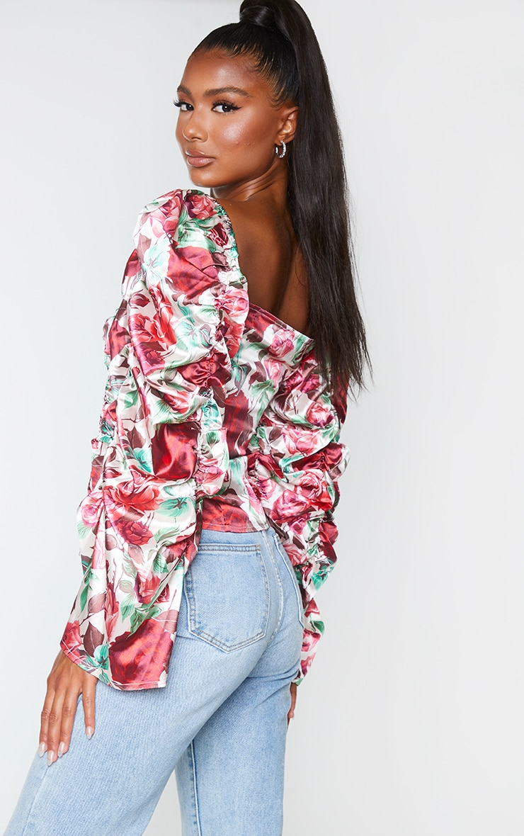 Red Floral Printed Woven Ruched Front Puff Sleeve Crop Top 2