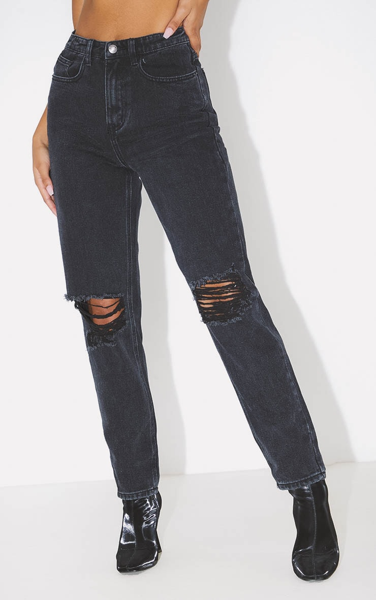 PRETTYLITTLETHING Washed Black Knee Rip Mom Jean 2