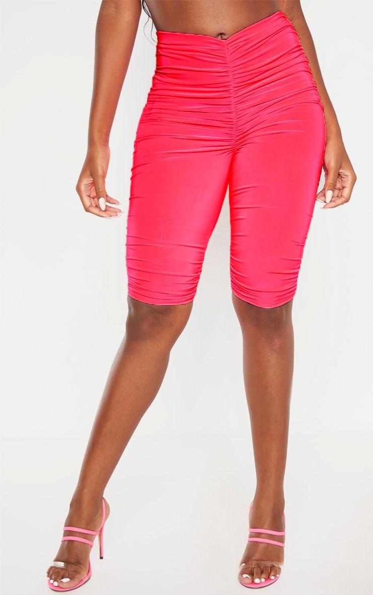 Short legging moulant rose fluo froncé 2