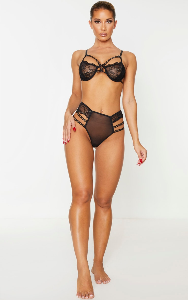 Black Circular Lace Detail Underwired Lingerie Set 3
