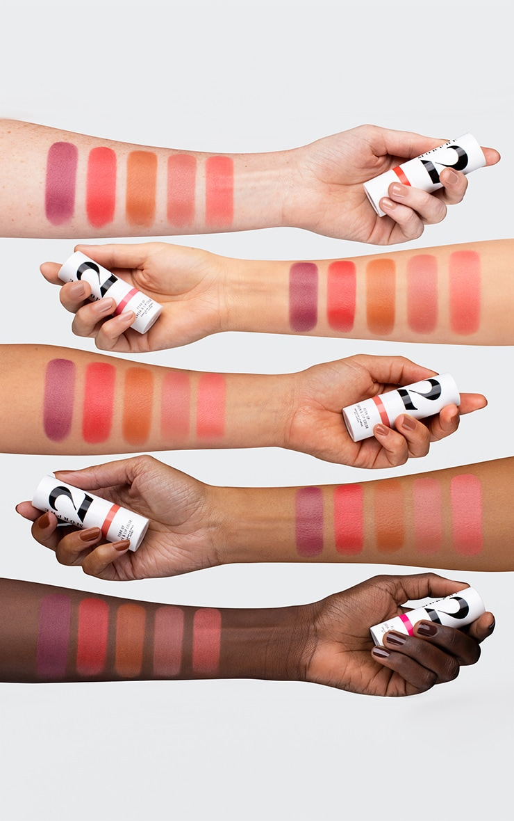 Morphe 2 Perk Up Cheek & Lip Color Berry Dreams 4