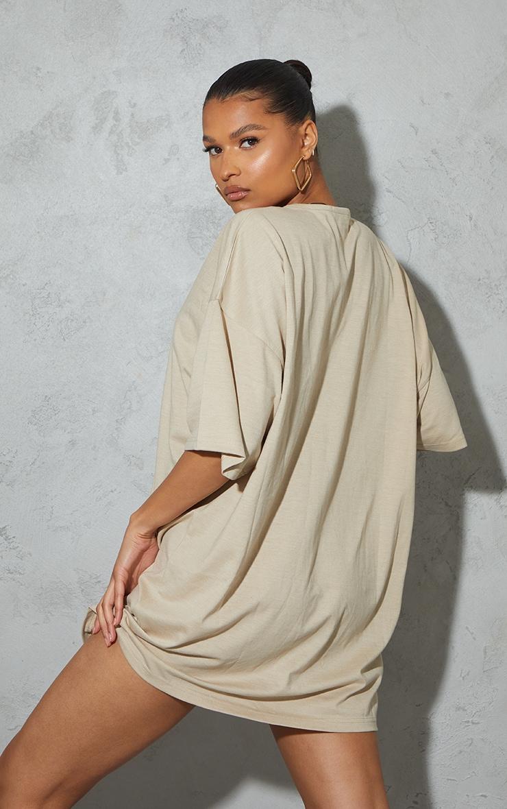 Stone Figure Illustrated Oversized T Shirt Dress 2