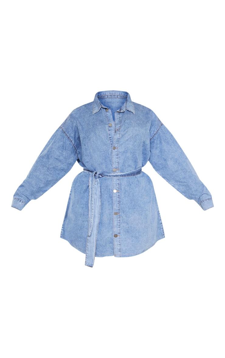 PLT Plus - Robe en jean bleu moyennement délavé javelisé à détail ceinture 3