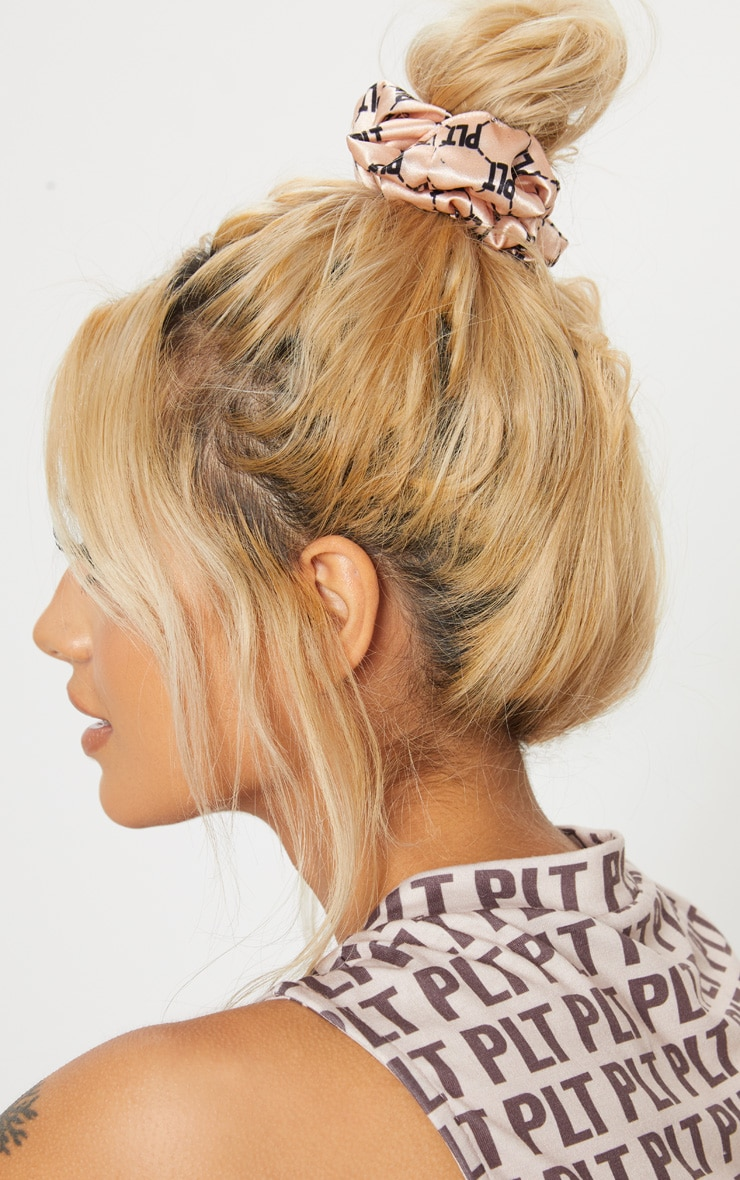 PRETTYLITTLETHING Nude Slogan Hair Scrunchie 2