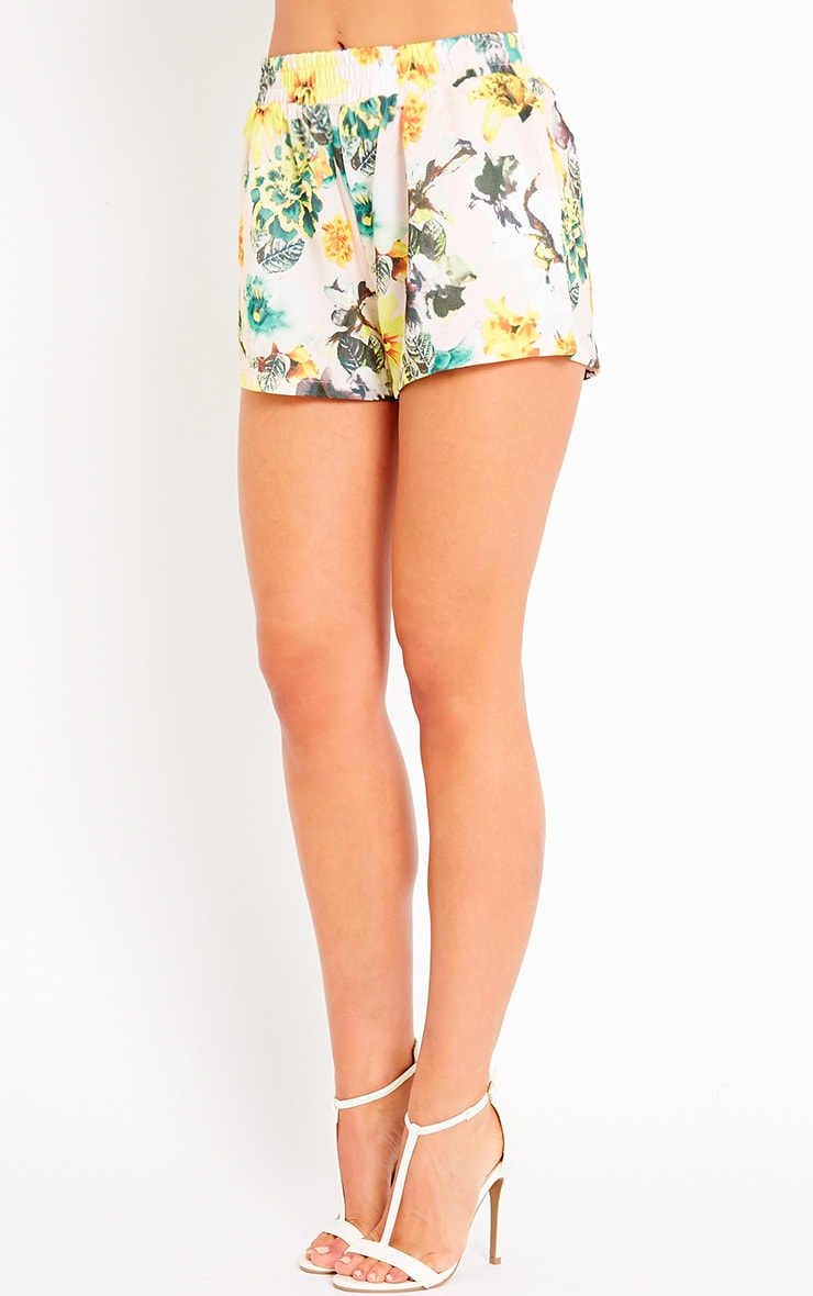 Darby Floral Print Shorts 3