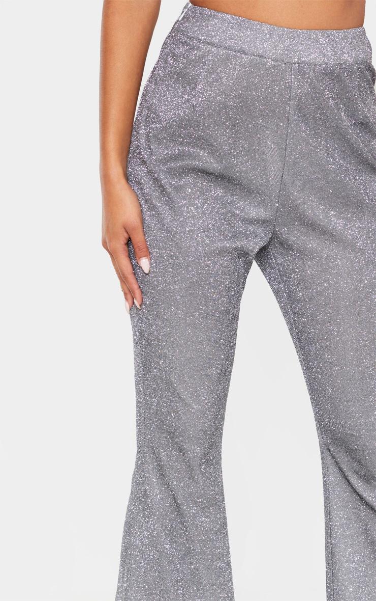 Pantalon flare en paillettes argentées 5
