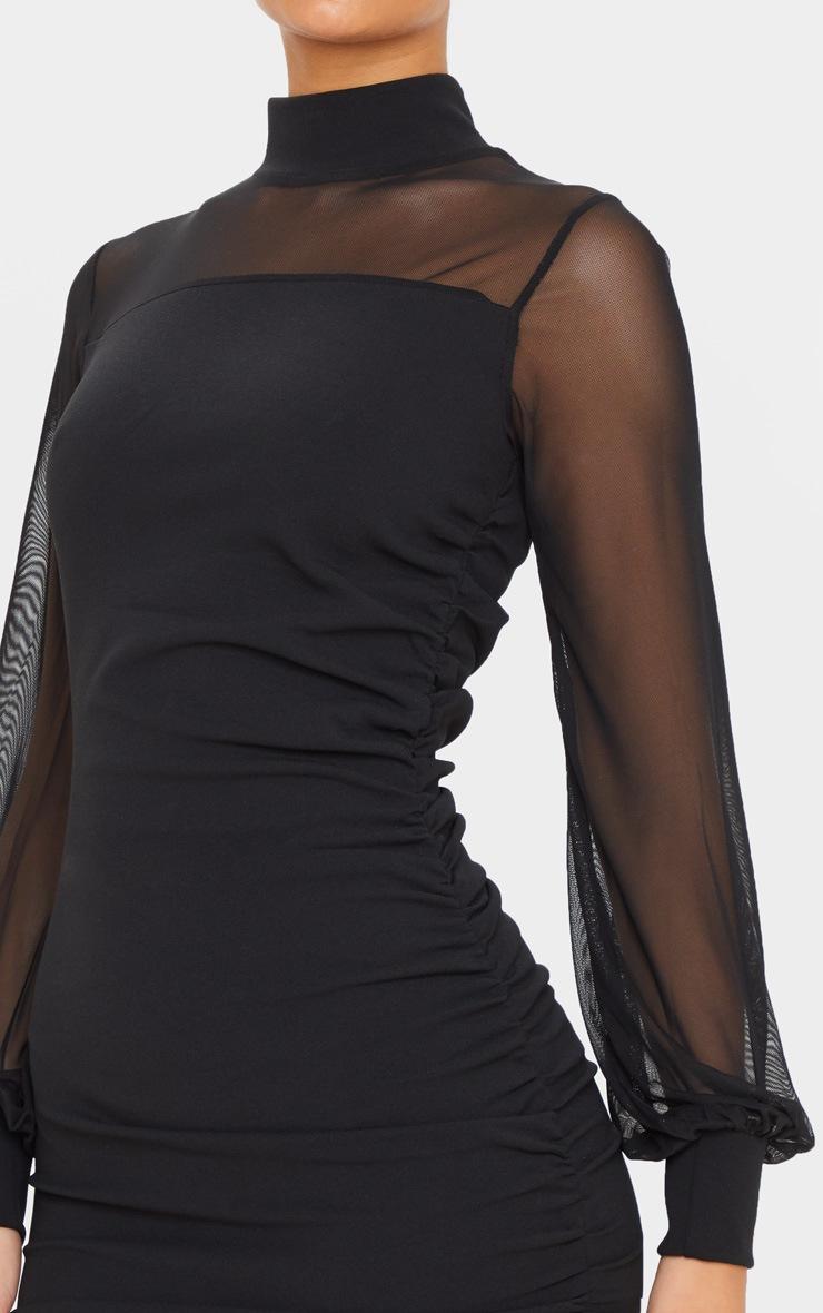 Robe moulante froncée noire à corsage en mesh et manches longues 5