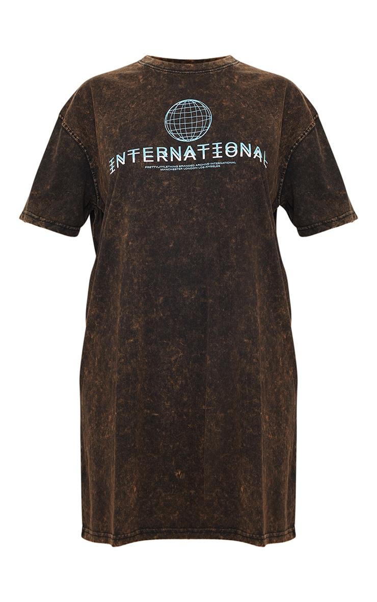 PRETTYLITTLETHING Rust Acid Wash International Slogan Oversized T Shirt Dress 5