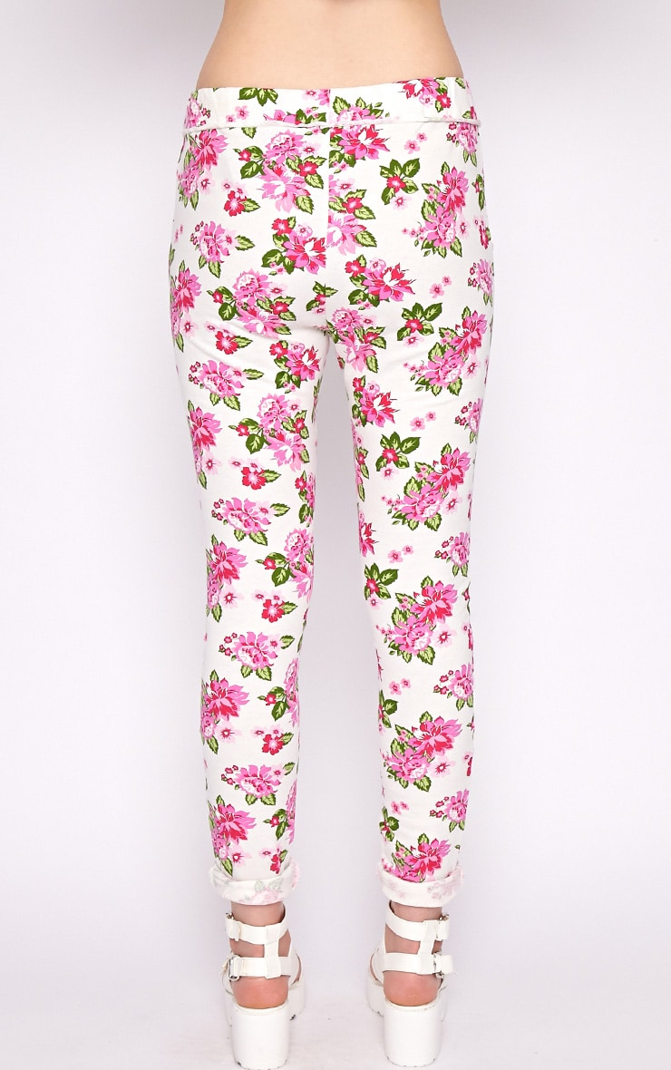 Aria White Floral Sweater Pants 2