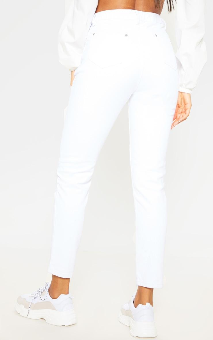 White Front Seam Mom Jean 4