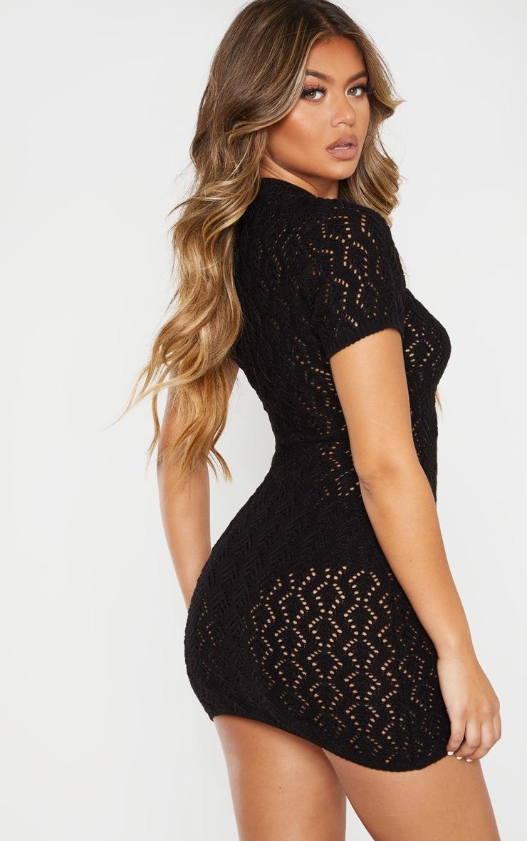 Mini robe en maille noire trouée 2