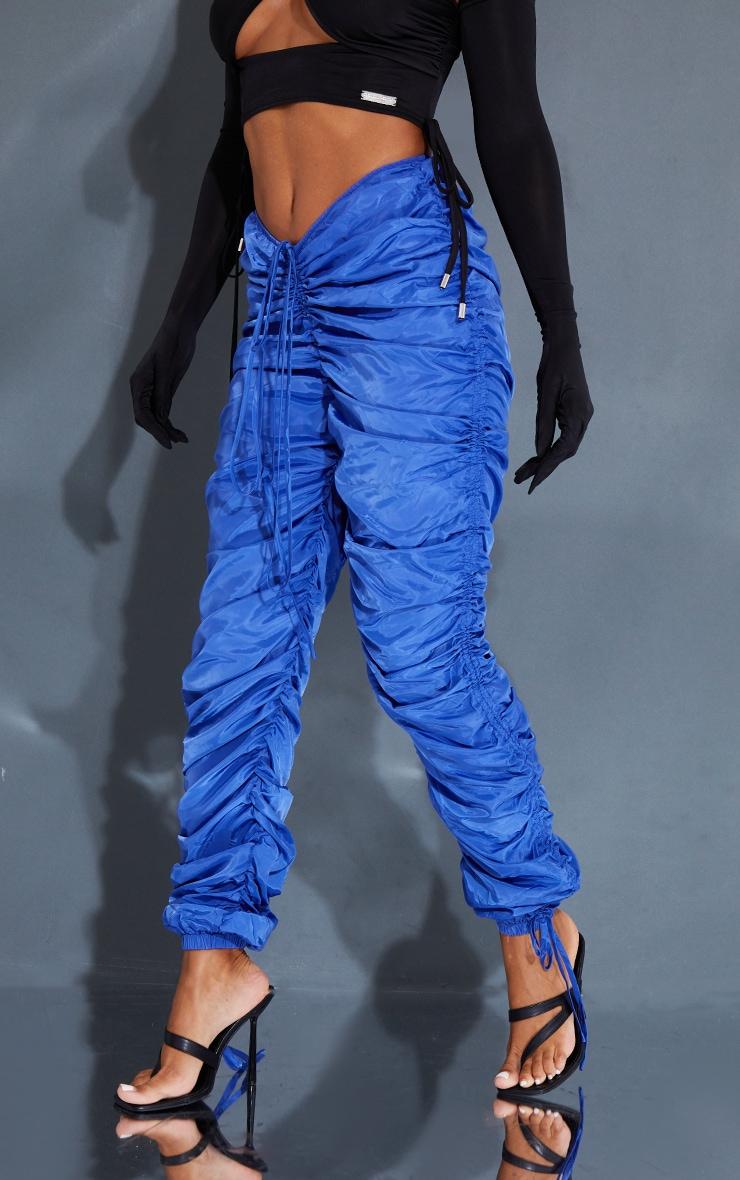 Pantalon bleu cobalt à jambes froncées et ourlet pointu 2