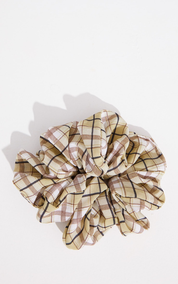 Green Check Scrunchie 1