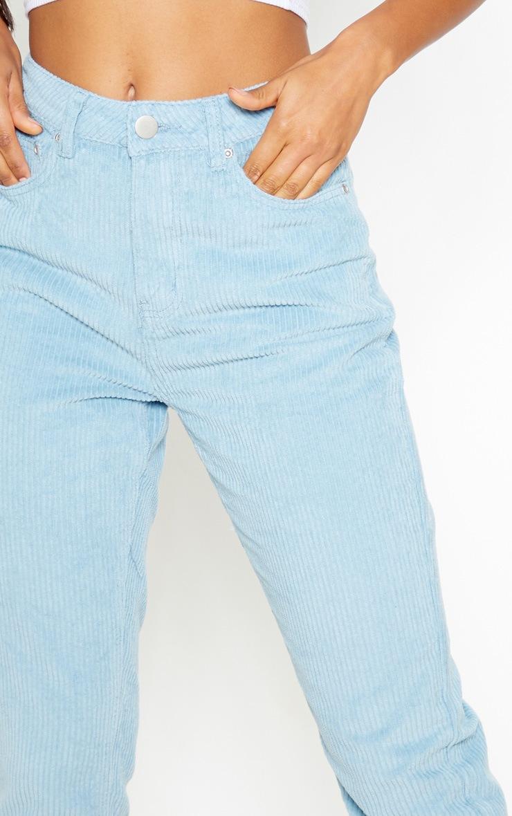 Jean mom bleu en velours côtelé 5
