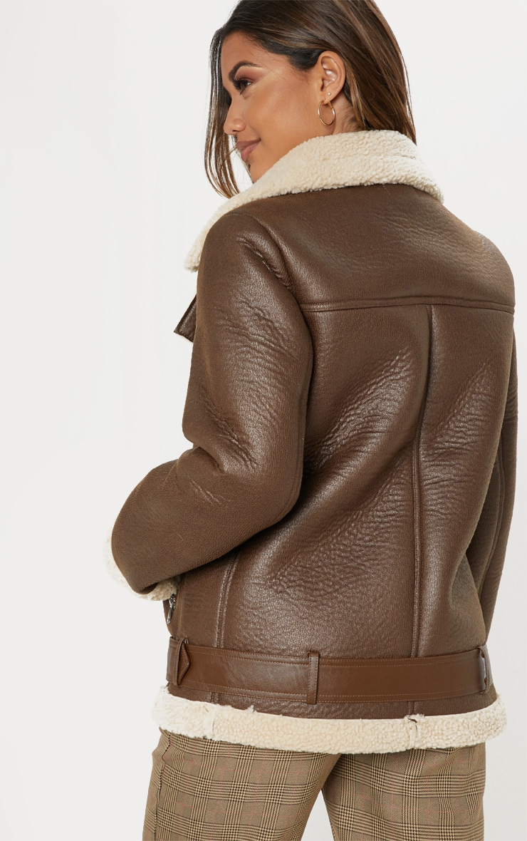 Veste aviateur marron oversized en similicuir 2