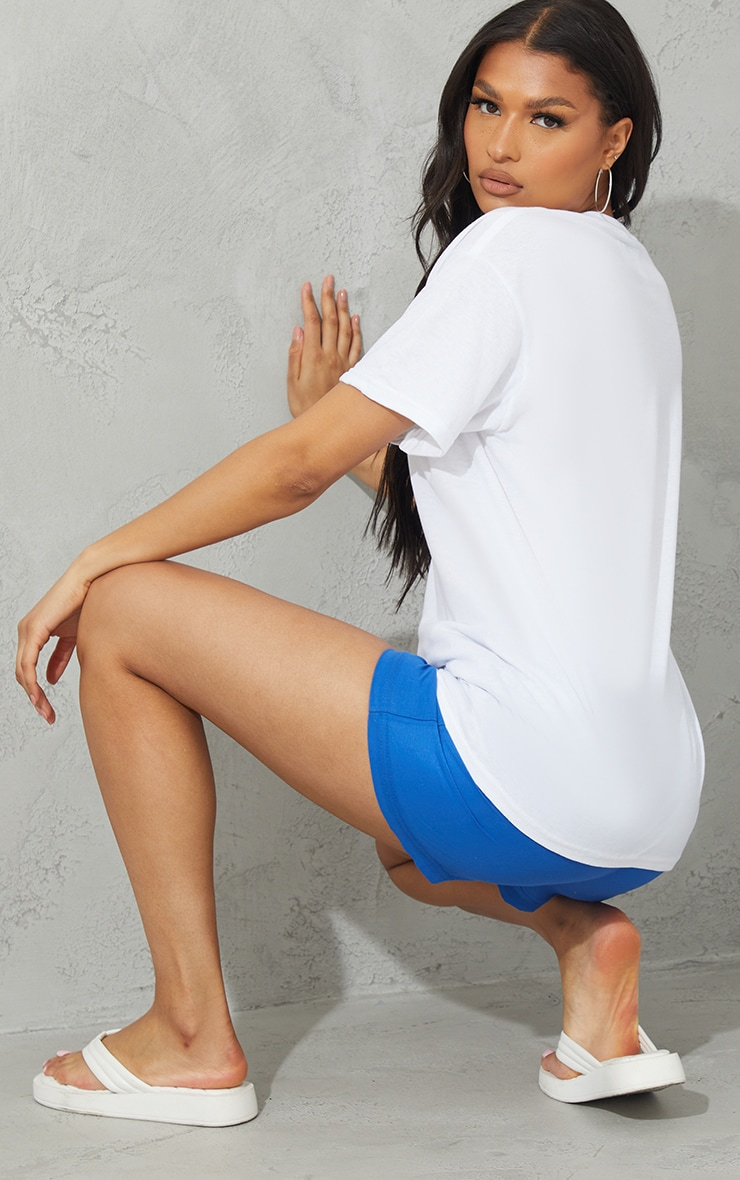 PRETTYLITTLETHING White Block Print T Shirt 2