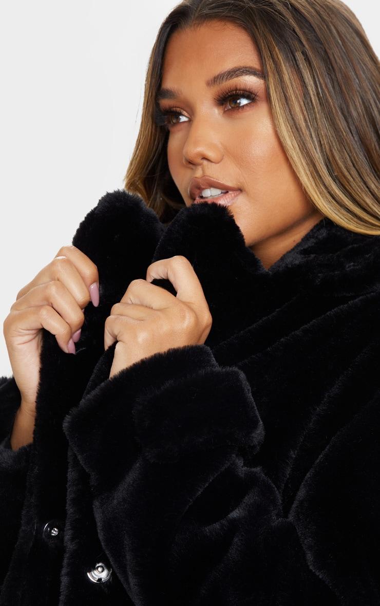 Manteau style militaire noir en fausse fourrure 4