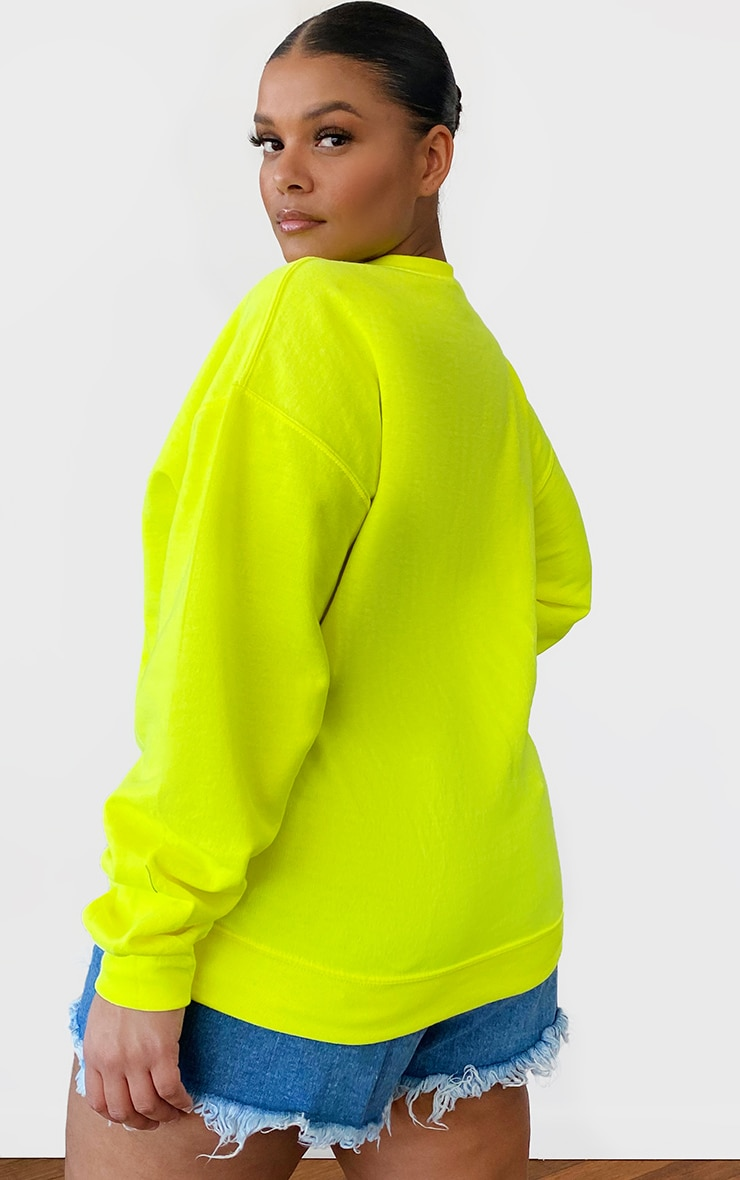 PRETTYLITTLETHING Plus Lime Oversized Sweater 2