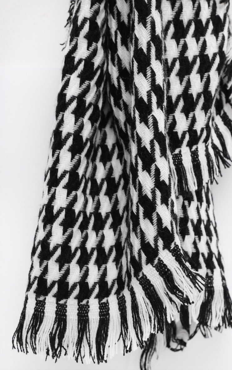 Black And White Houndstooth Scarf 3