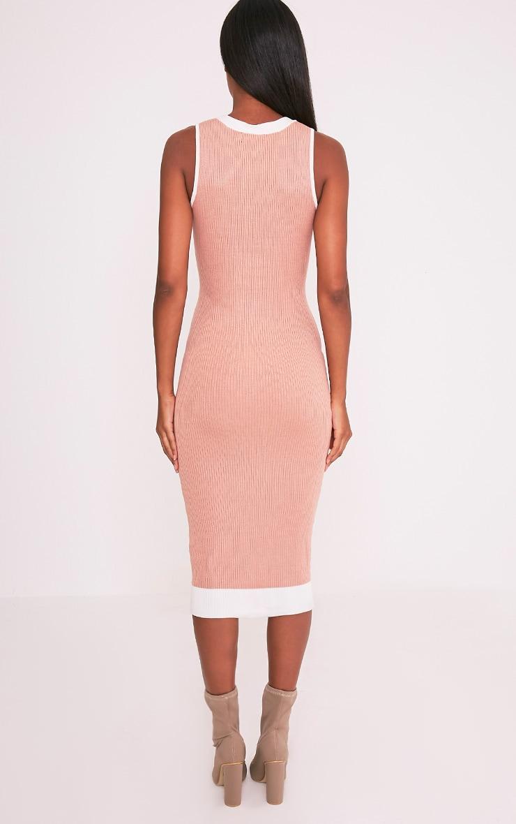 Joseline robe maxi côtelée lien à œillet en maille chair 2