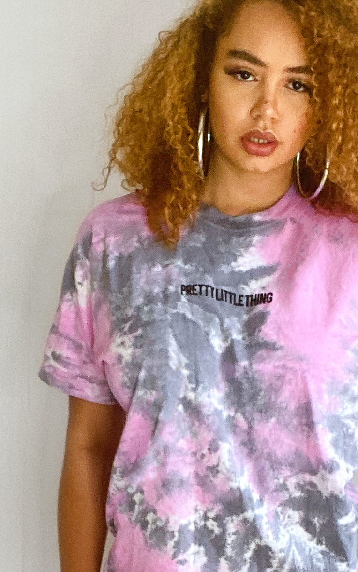 PRETTYLITTLETHING Plus Purple Tie Dye Embroidered Oversized T Shirt 4