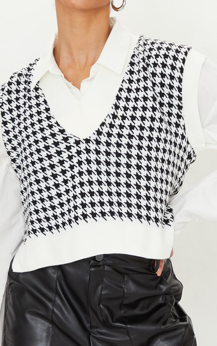 Tall Monochrome Crop V Neck Knitted Vest 4