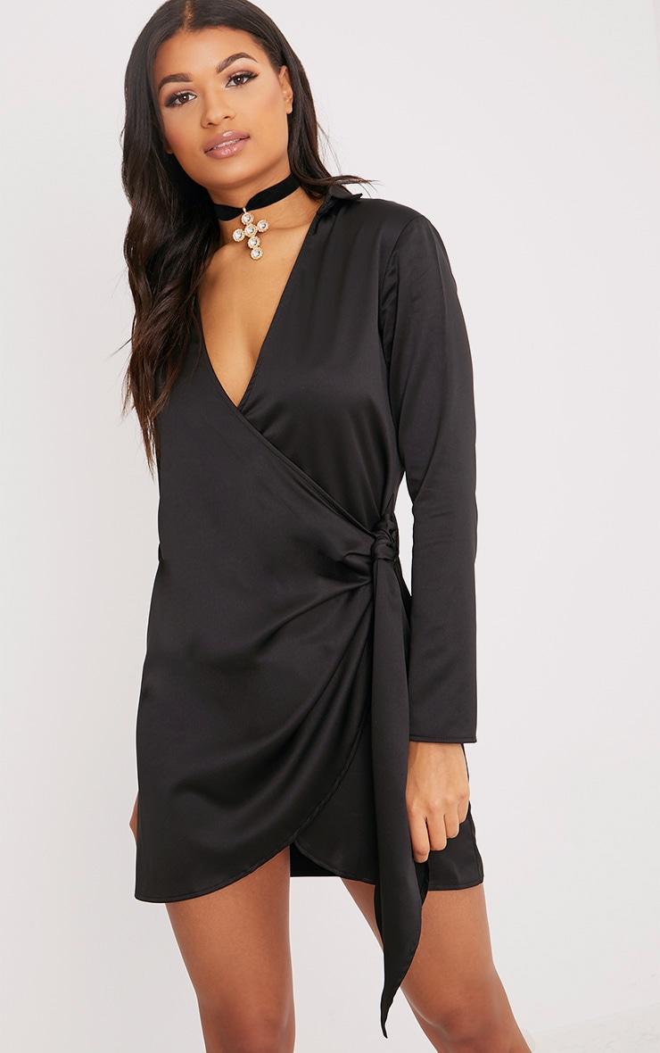 Shaylene robe chemise noire en satin à cordon à nouer à la taille 1