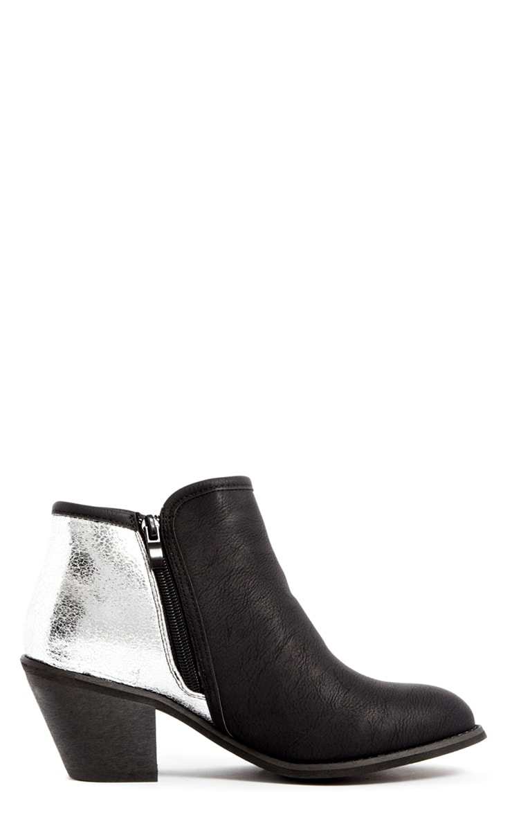 Porchia Black Metalic Detail Ankle Boot  2